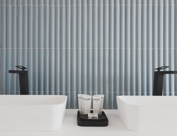Atmos View Hotel - doble lavabo