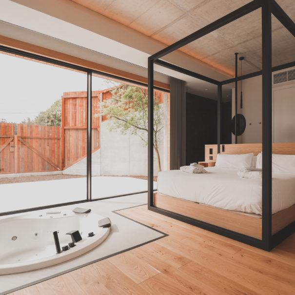 Habitacion-Suite-Atmos-Hotel-Outes-01