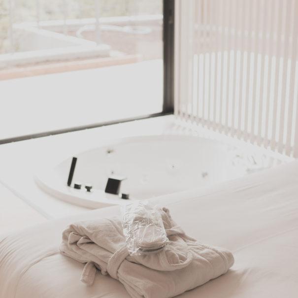 Habitacion-Suite-Atmos-Hotel-Outes-7