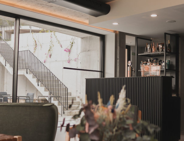 Hotel-Valle-Outes-lounge-bar-04