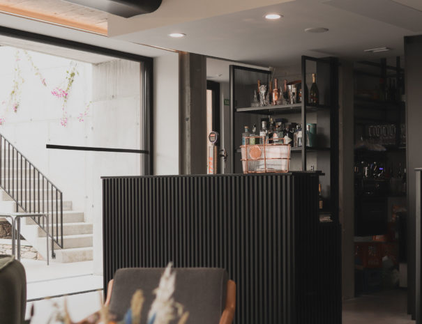 Hotel-Valle-Outes-lounge-bar-08